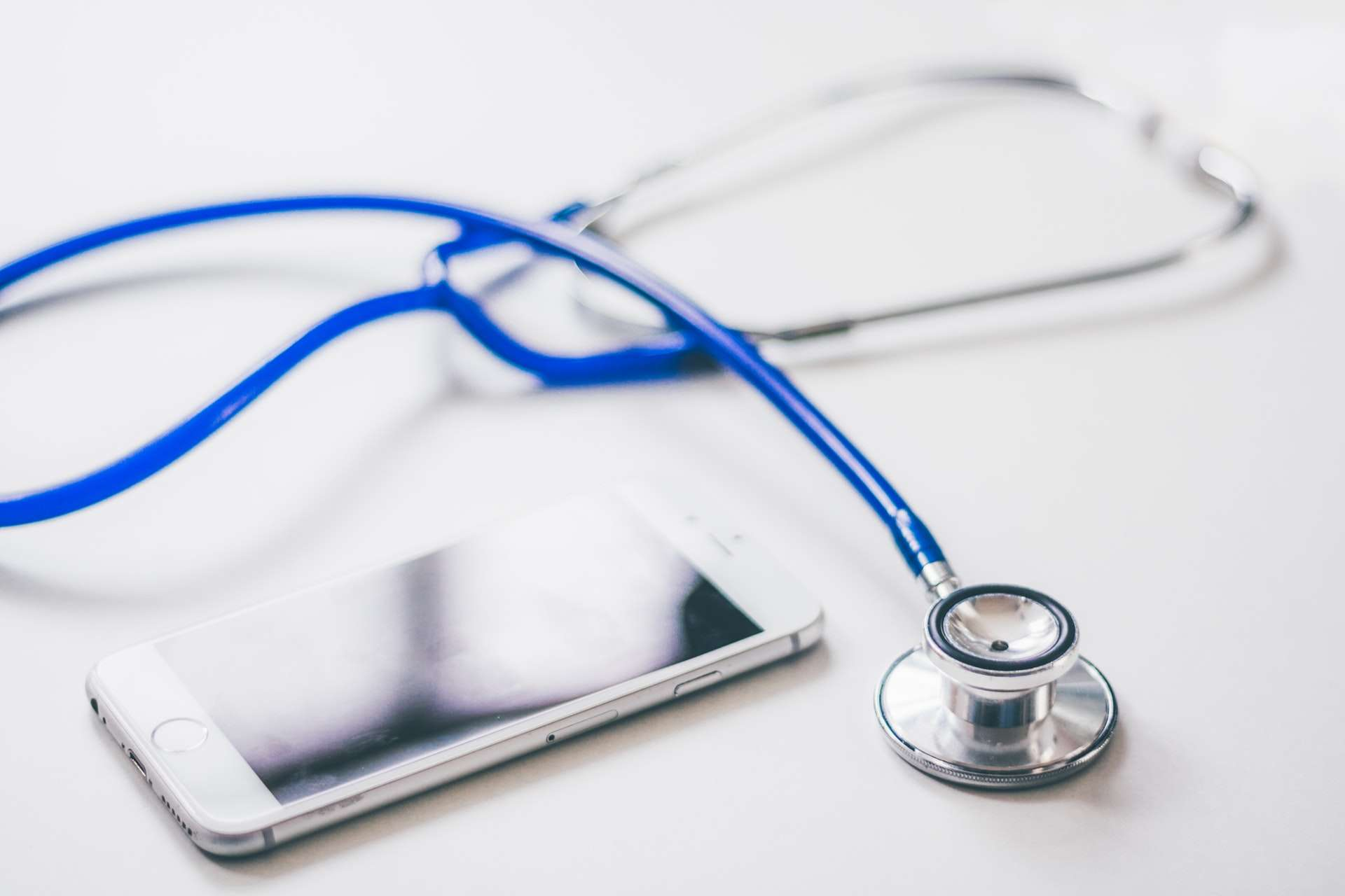 The Benefits of Switching to Virtual Training Software for EMR Training